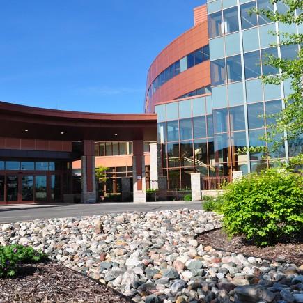 Maple Grove Hospital Parking Design
