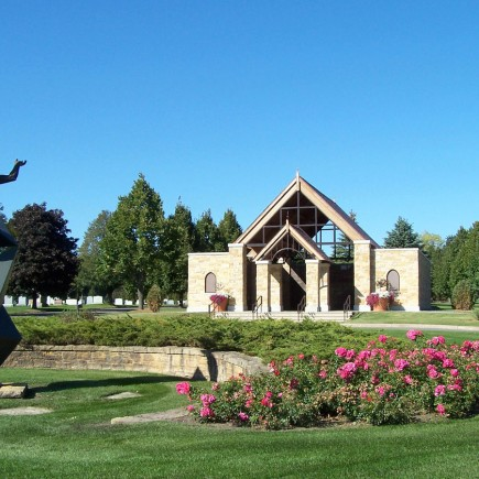 Roselawn Mausoleum and Cemetery